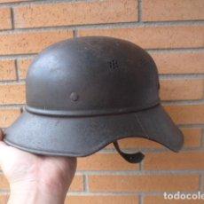 Militaria: * ANTIGUO CASCO ALEMAN GLADIATOR CON MARCAJES RAROS, II GUERRA MUNDIAL. ORIGINAL. ALEMANIA. ZX. Lote 169174841