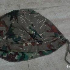 Militaria: FUNDA CASCO REVERSIBLE PARA Z42. RARA. Lote 170369360