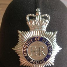 Militaria: CACO DE BOBBY BRITANICO. MINISTRY OF DEFENCE. POLICE.. Lote 171682762