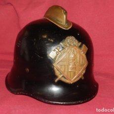 Militaria: (M) CASCO DE BOMBERO CATALAN ANTIGUO, AUTENTICO, VER FOTOGRAFIAS ADICIONALES. Lote 176556004