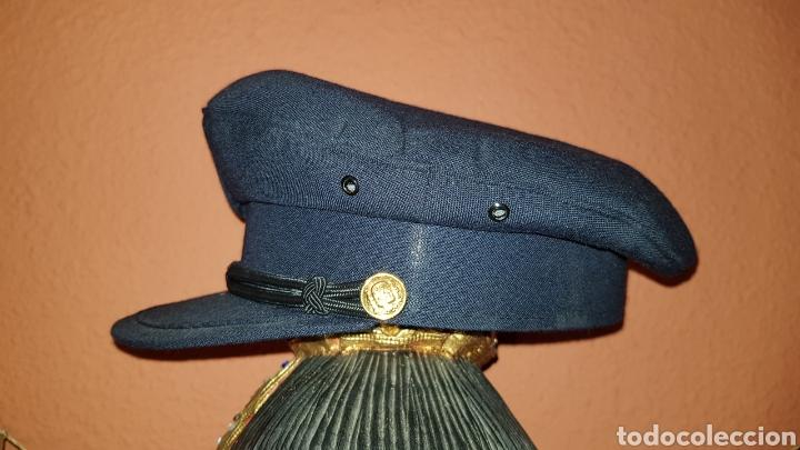 Militaria: ANTIGUA GORRA DE PLATO CUERPO NACIONAL DE POLICÍA CON RARO DISTINTIVO - Foto 4 - 184486622