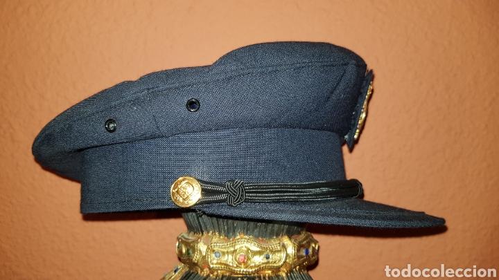 Militaria: ANTIGUA GORRA DE PLATO CUERPO NACIONAL DE POLICÍA CON RARO DISTINTIVO - Foto 7 - 184486622