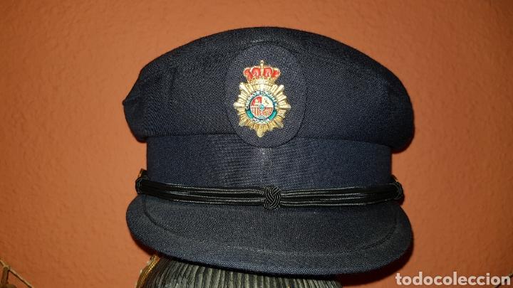 ANTIGUA GORRA DE PLATO CUERPO NACIONAL DE POLICÍA CON RARO DISTINTIVO (Militar - Cascos Militares )