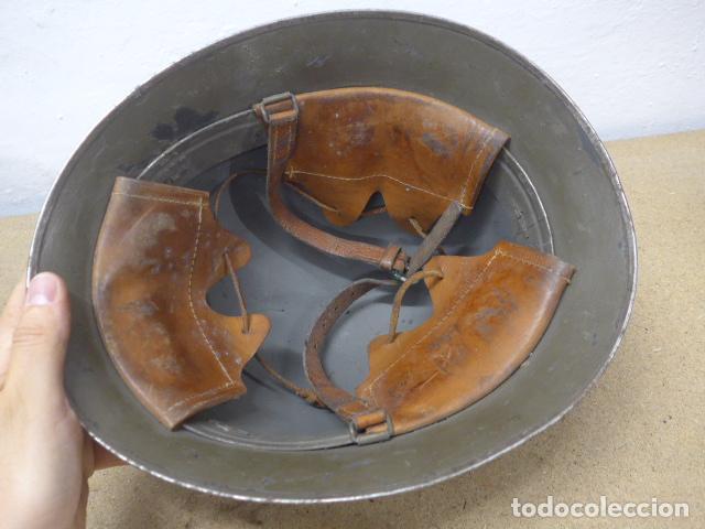 Militaria: Antiguo casco sueco modelo 1921 con doble calca, original, suecia. Completo. - Foto 6 - 206586231