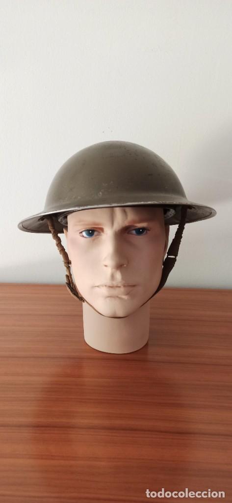 Militaria: Casco original y completo usado en la WWII por el Ejercito Inglés Tommy Modelo MKII - Foto 2 - 206916521