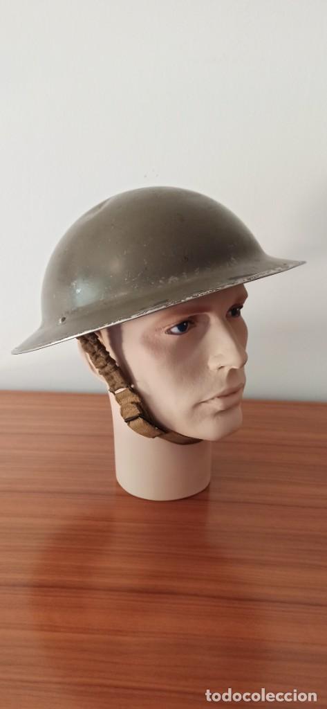 Militaria: Casco original y completo usado en la WWII por el Ejercito Inglés Tommy Modelo MKII - Foto 4 - 206916521