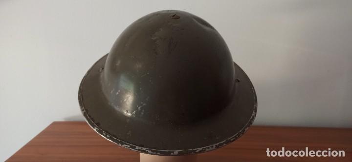 Militaria: Casco original y completo usado en la WWII por el Ejercito Inglés Tommy Modelo MKII - Foto 6 - 206916521