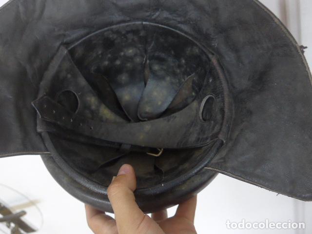 Militaria: Antiguo casco de tanquista español, original - Foto 10 - 213663476