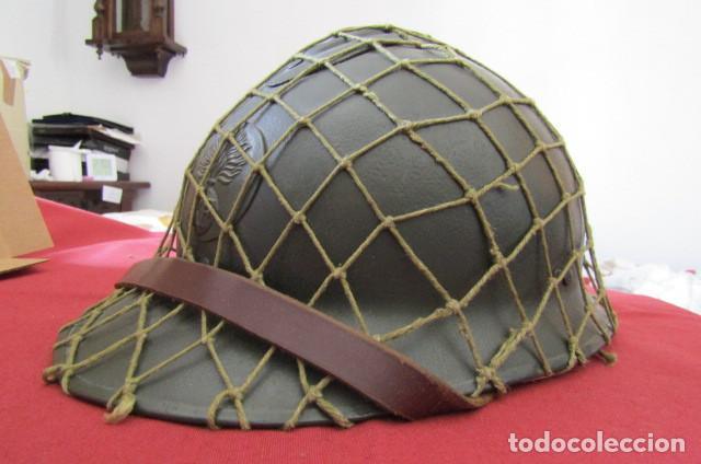 Militaria: Antiguo casco militar del ejercito francés modelo Adrian de infantería II segunda guerra mundial - Foto 2 - 209042020