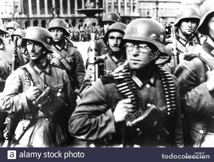 Militaria: Casco Aleman de Combate M35 Wehrmacht Combate Original M35 WWII - Foto 17 - 215370407