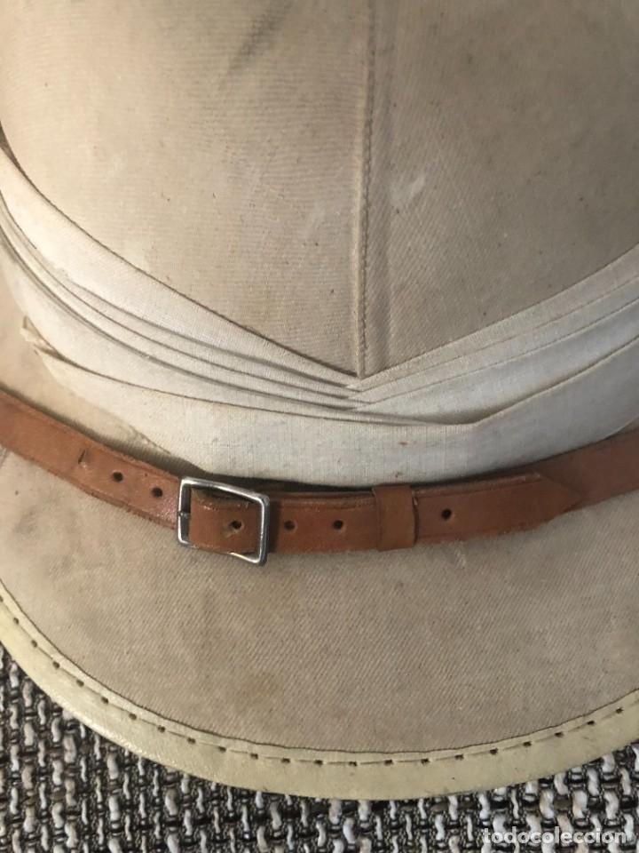 Militaria: Salacot del ejército español utilizado en Guinea marca PUIG, Barcelona - Foto 2 - 217696567