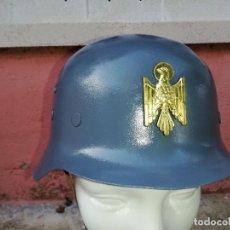 Militaria: CASCO ESPAÑOL Z DE LA POLICÍA ARMADA CON INSIGNIA.. Lote 220502282