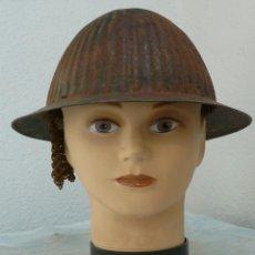 Militaria: CASCO PORTUGUES MODELO 1916 SIN INTERIOR CON RESTOS DE COTA DE MALLA - GUERRA CIVIL. Lote 221472990