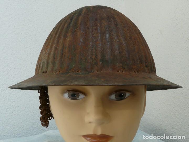 Militaria: CASCO PORTUGUES MODELO 1916 SIN INTERIOR CON RESTOS DE COTA DE MALLA - GUERRA CIVIL - Foto 2 - 221472990