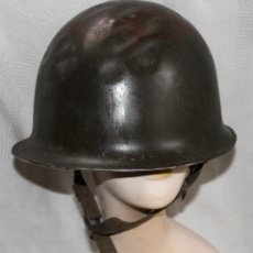 Militaria: CASCO U.S.A.MODELO M1, UTILIZADO POR FRANCIA , OTAN MODELO 1951 SOTOCASCO CON GUARNICIÓN. ABOLLADO. Lote 222444403