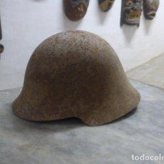 Militaria: ANTIGUO CASCO AZAÑA REPUBLICANO DE GUERRA CIVIL DE RECUPERACION, ORIGINAL.. Lote 222838100