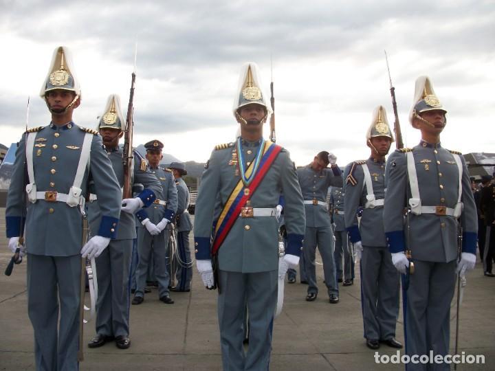 Militaria: IMPRESIONANTE CASCO DE GALA, DE LA ACADEMIA MILITAR DE VENEZUELA, (AMEJ). NUEVO A ESTRENAR. - Foto 10 - 111949343