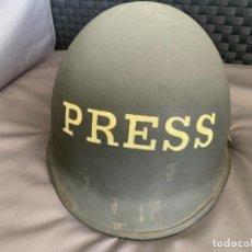 Militaria: CASCO MILITAR PRENSA MARCHA VERDE SAHARA AÑOS 70 4º TERCIO LEGION VILLACISNEROS. Lote 226805055