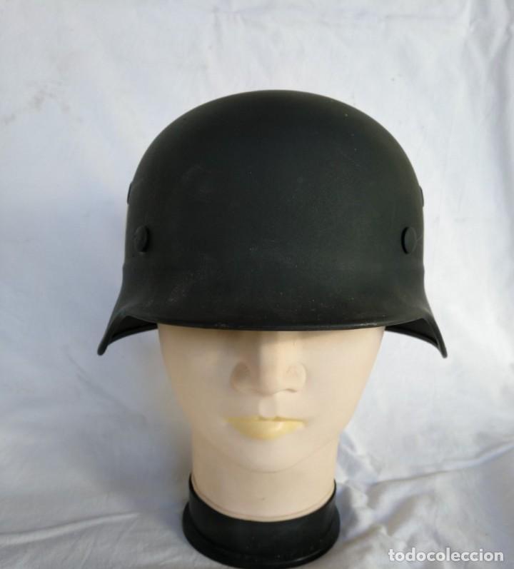 Militaria: CASCO ALEMÁN Mod.35 PARA LA CRUZ ROJA. (NO APTO PARA COMBATE). MUY RARO. - Foto 2 - 234477150