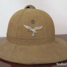 Militaria: ANTIGUO CASCO MILITAR ALEMÁN USADO POR LA LUFTWAFFE DEL AFRIKA KORPS EN LA II SEGUNDA GUERRA MUNDIAL. Lote 235142220