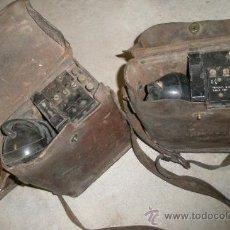 Militaria: PAREJA DE TELÉFONOS USA, CON FUNDA DE CUERO. Lote 25024910