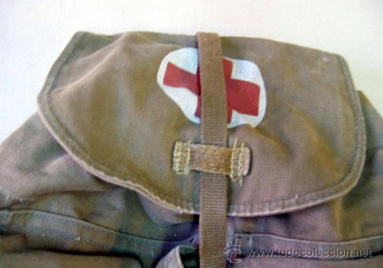 Militaria: MOCHILA MILITAR, CRUZ ROJA O BOTIQUIN, 1950s - Foto 3 - 30372063