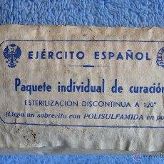 Militaria: ANTIGUO PAQUETE INDIVIDUAL DE CURACION - EJERCITO ESPAÑOL ( COMPLETO, SIN ABRIR ). MILITAR. Lote 44664761