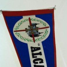 Militaria: ANTIGUO Y RARO BANDERÍN ALCAZAR - ÉPOCA FRANQUISTA - MEDIDAS: 46 X 19 CM.. Lote 58538296