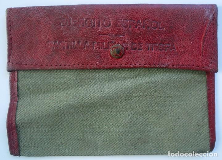 CARTERA DE TELA PARA CARTILLA MILITAR. TROPA DEL EJÉRCITO ESPAÑOL. 1943 (Militar - Equipamiento de Campaña)