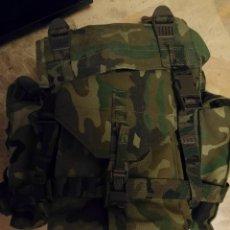 Militaria: MOCHILA COMBATE EJÉRCITO ESPAÑOL AÑOS 90. Lote 95532263