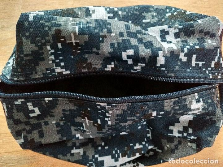 Militaria: Neceser o bolso de aseo azul pixelado de la Navy, ejercito de los EE.UU. - Foto 2 - 96755743