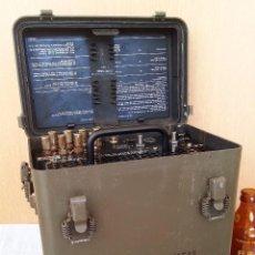 Militaria: CONVERTIDOR TELÉGRAFO-TELÉFONO MILITAR. USA. CURIOSO APARATO. AÑOS 60. NO FUNCIONA.. Lote 102725571
