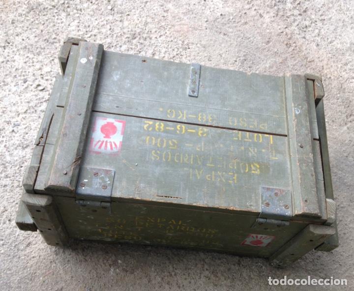 Militaria: CAJA EXPAL. CAJA DE MADERA VACIA. Año 82 - Foto 3 - 129981572