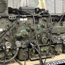 Militaria: RADIO RECEPTOR MILITAR DE CARRO R-108. Lote 109522939
