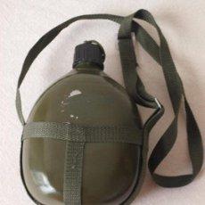 Militaria: CANTIMPLORA COLOR VERDE MILITAR DE ALUMINIO. 20 X 15 X 8 CM APROX. VER FOTOS Y DESCRIPCION. Lote 114516943