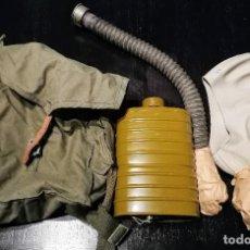 Militaria: ANTIGUA MASCARA DE GAS CON SU BOLSA Y COMPLETA - SIN USAR - A ESTRENAR -. Lote 115327955