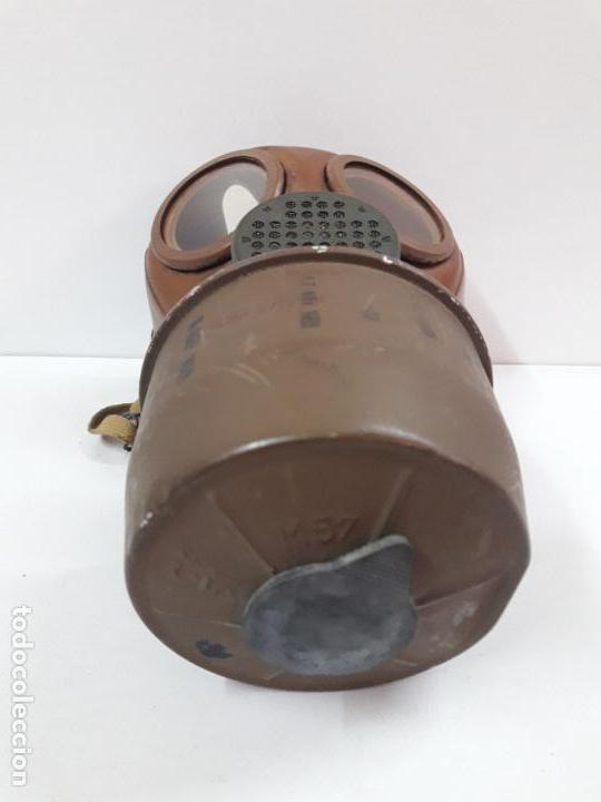 Militaria: MASCARA DE GAS CON SU BOTE - Foto 14 - 121032011
