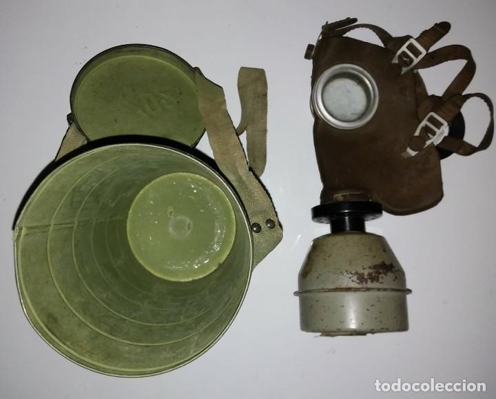 Militaria: Máscara de gas belga. L702. Segunda guerra mundial. Incluye funda metalica de transporte - Foto 6 - 123574243