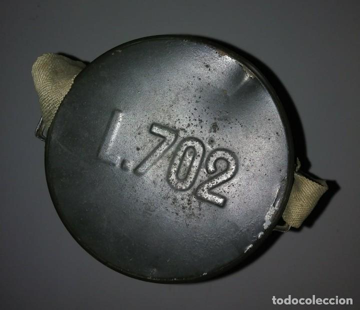 Militaria: Máscara de gas belga. L702. Segunda guerra mundial. Incluye funda metalica de transporte - Foto 7 - 123574243