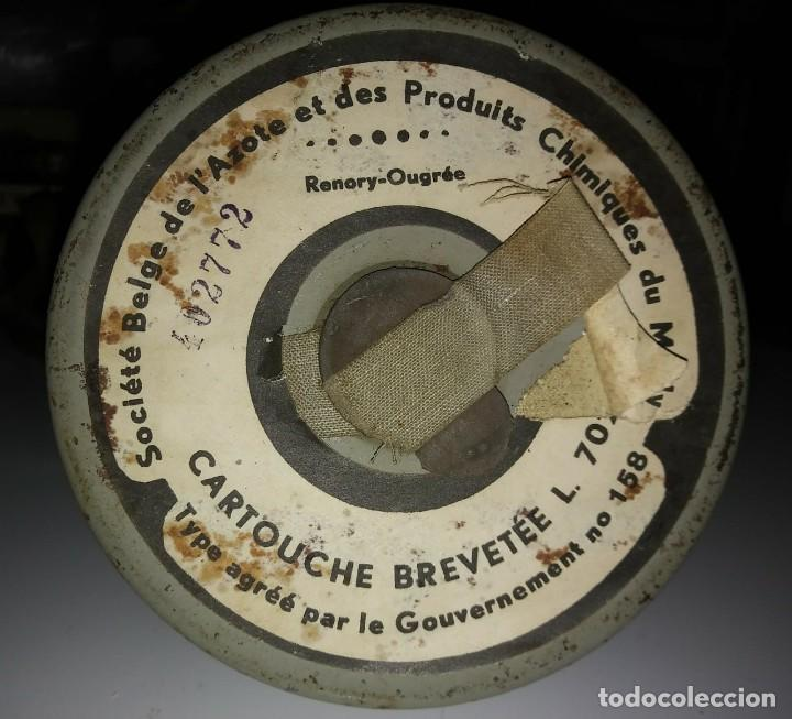 Militaria: Máscara de gas belga. L702. Segunda guerra mundial. Incluye funda metalica de transporte - Foto 9 - 123574243