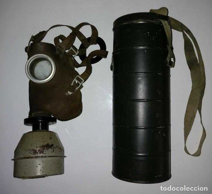 Militaria: Máscara de gas belga. L702. Segunda guerra mundial. Incluye funda metalica de transporte - Foto 2 - 123574243