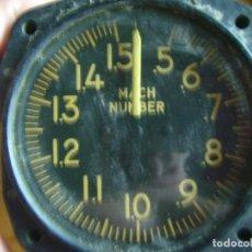 Militaria: AVIACION AERONAVE INDICADOR RELOJ MACHMETER KOLLSMAN US. Lote 130769724