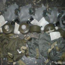 Militaria: LOTE 5 MASCARAS ANTIGAS POLACAS, AÑOS 80. Lote 141607698