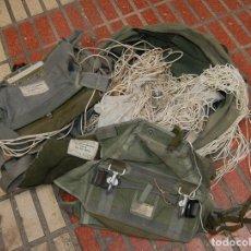 Militaria: PARACAÍDAS DE SALVAMENTO EJERCITO DEL AIRE AÑOS 70. Lote 162560234