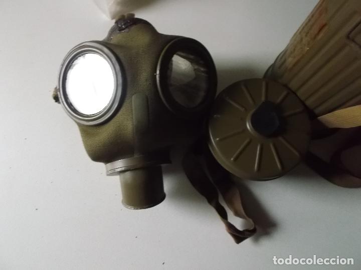 Militaria: Antigua mascara antigas con su bote, original, antigas, COMPLETA, MIRAR FOTOS - Foto 2 - 166995428