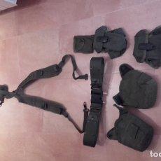 Militaria: EQUIPO U.S. ARMY. ALICE. ORIGINAL. CINTURÓN, TRINCHAS, 2 PORTACARGADORES, 2 FUNDAS DE CANTIMPLORA.. Lote 169596920