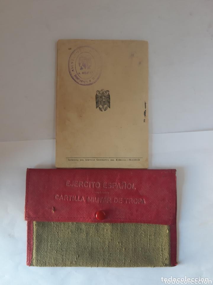 Militaria: Cartilla militar del año 1949 portadocumentos de tela y cuero - Foto 2 - 172172195