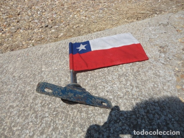 Militaria: Antiguo banderin para coche Bandera Chile soporte de hierro med 36 X 19,5 cm tela bandera 29 X 19 cm - Foto 5 - 172422884