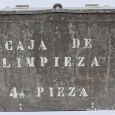 Militaria: EJERCITO ESPAÑOL: CAJA VACÍA PARA BATERÍA DE 105MM. Lote 183173030