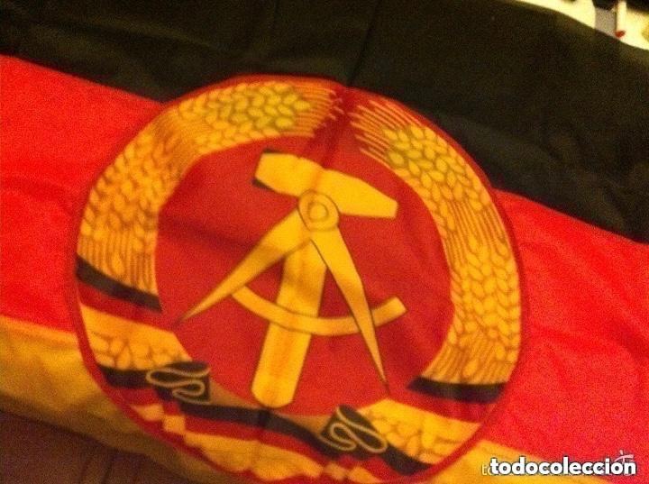 Militaria: DDR - bandera 92x57 cm. (completamente nueva) y bandera URSS - (80x155 cm.- pequeño roto en extremo) - Foto 5 - 183815443